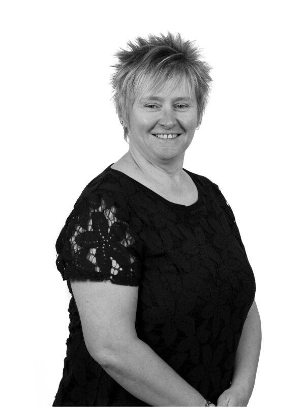 Paula Thompson Head of Administration at Binn Group