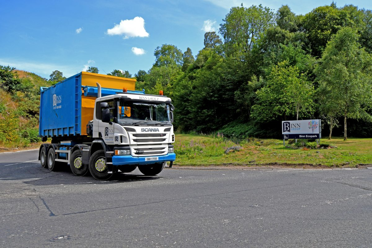 A skip container vehicle leaving the Binn Ecopark